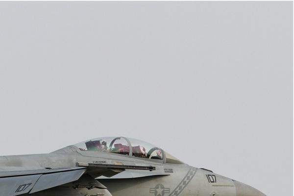 Photo#6802-2-Boeing F/A-18F Super Hornet