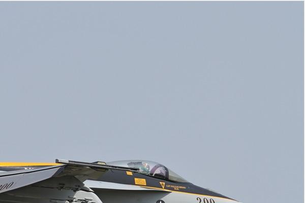 Photo#6805-2-Boeing F/A-18E Super Hornet