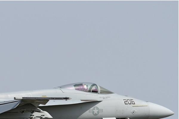 Photo#6807-2-Boeing F/A-18E Super Hornet