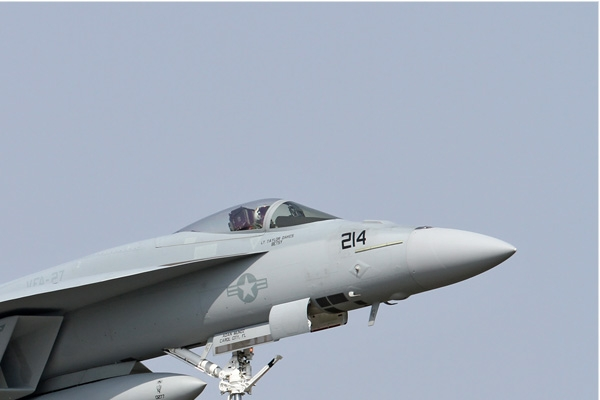 Photo#6810-2-Boeing F/A-18E Super Hornet