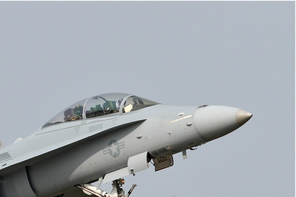 Photo#6822-2-McDonnell Douglas F/A-18D Hornet