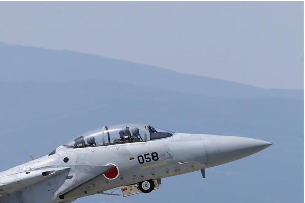 6916b-McDonnell-Douglas-F-15DJ-Eagle-Japon-air-force