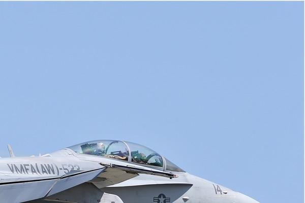6961b-McDonnell-Douglas-F-A-18D-Hornet-USA-marine-corps