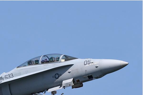 Photo#6962-2-McDonnell Douglas F/A-18D Hornet