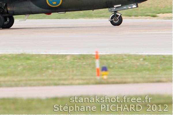 6046c-Saab-Sk60A-Suede-air-force