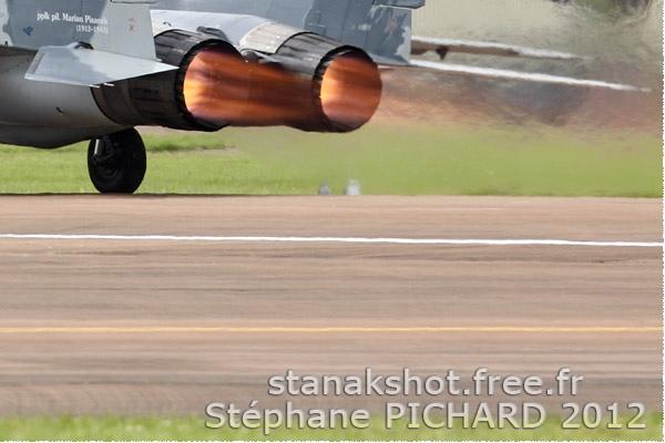 Photo#6127-4-Mikoyan-Gurevich MiG-29A