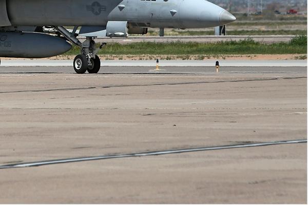 Photo#6711-4-McDonnell Douglas F/A-18C Hornet