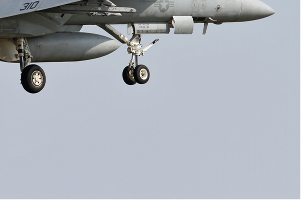 Photo#6812-4-Boeing F/A-18E Super Hornet