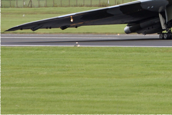 Photo#6237-3-Avro Vulcan B2