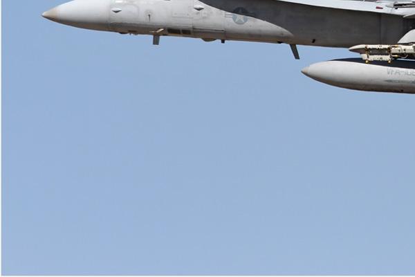 Photo#6712-3-McDonnell Douglas F/A-18C Hornet