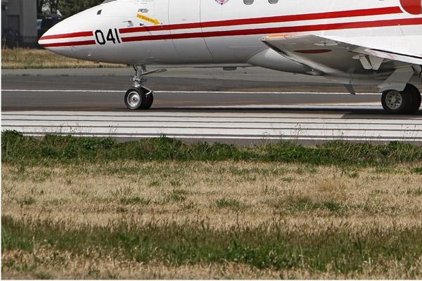 Photo#6771-3-Raytheon U-125