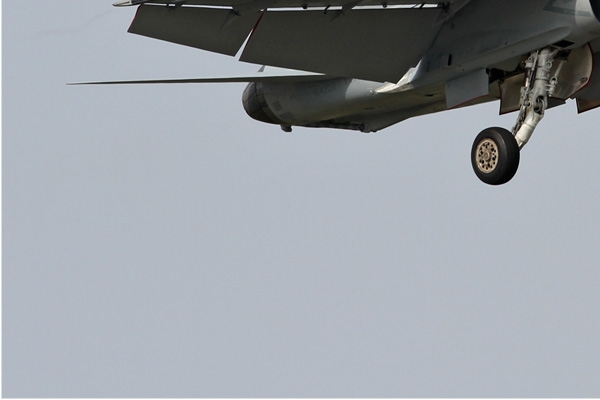 Photo#6822-3-McDonnell Douglas F/A-18D Hornet
