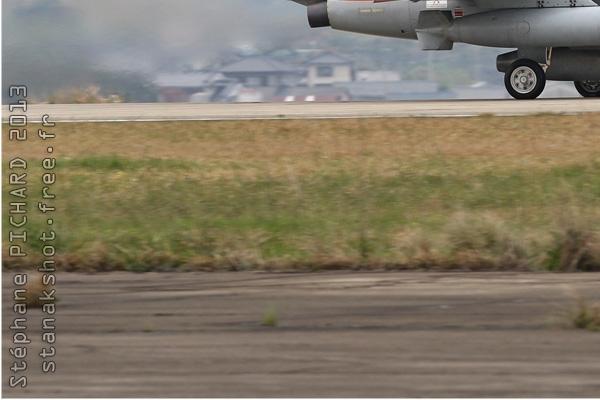 6945d-Kawasaki-T-4-Japon-air-force