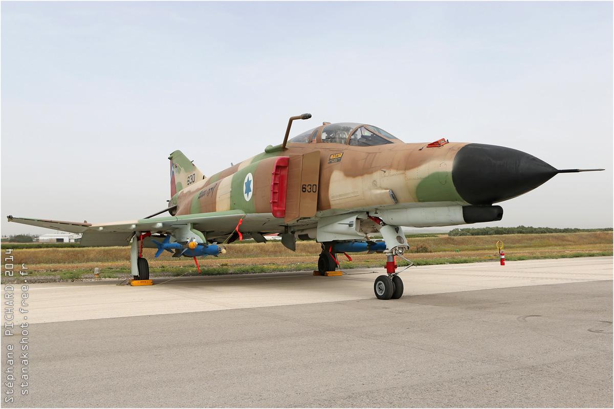 tof#7564 F-4 de la Force aérienne israélienne au statique à Tel Nof (Israel)
