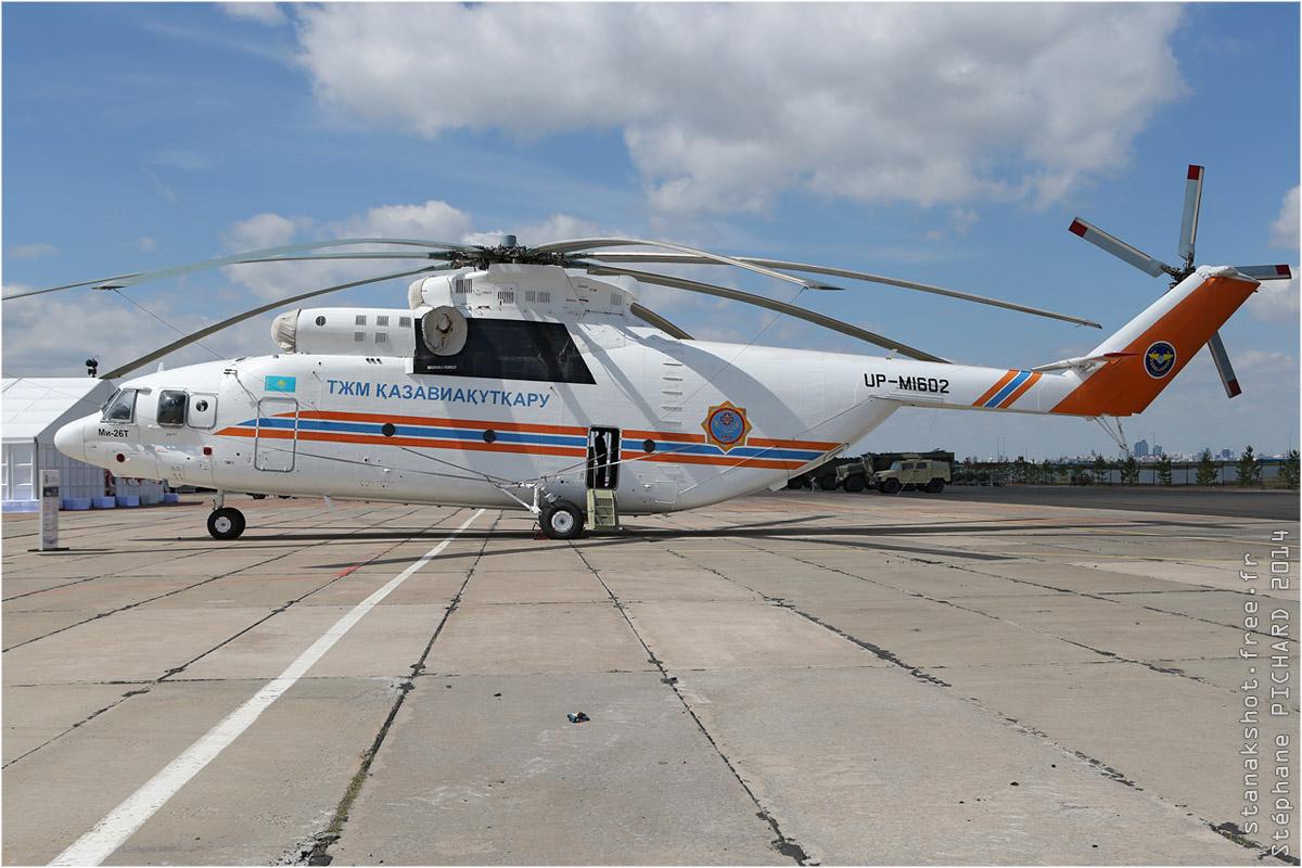 tof#7646 Mi-26 du KazAviaSpas au statique à Astana (Kazakhstan - air force) en 2014