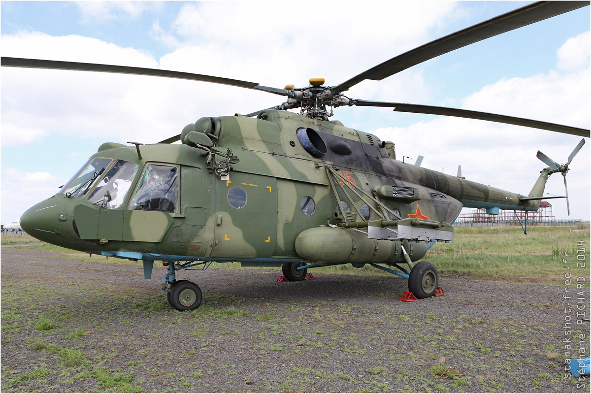 tof#7649_Mi-8_de la Force aérienne du Kazakhstan