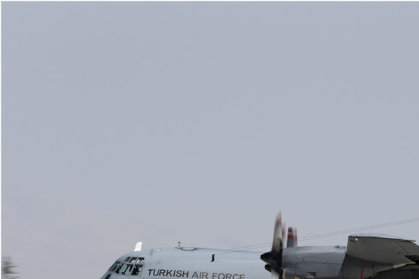 7039a-Lockheed-C-130E-Hercules-Turquie-air-force