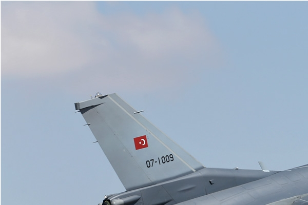 7089a-Lockheed-Martin-F-16C-Fighting-Falcon-Turquie-air-force