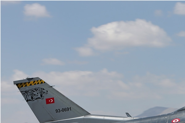 Photo#7125-1-Lockheed F-16D Fighting Falcon