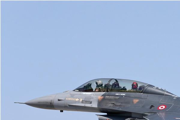 Photo#7126-1-Lockheed F-16D Fighting Falcon