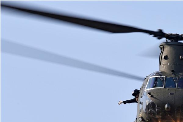 Photo#7163-1-Boeing Chinook HC2