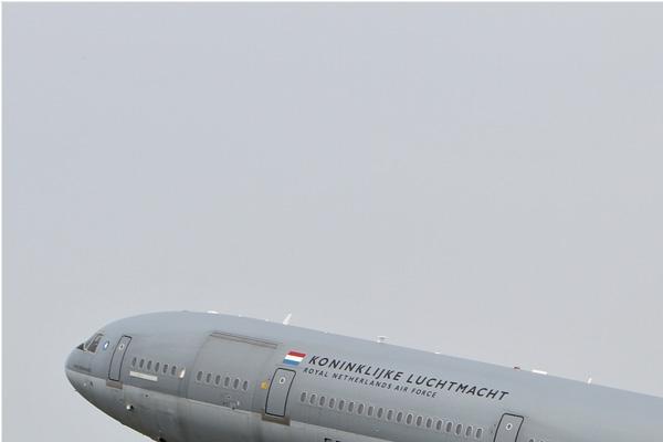 Photo#7182-1-McDonnell Douglas KDC-10