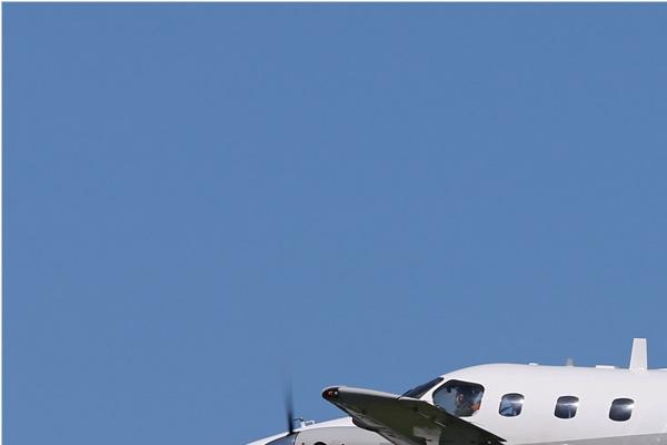 Photo#7617-1-Embraer EMB-121 Xingu
