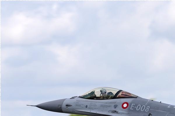 Photo#7852-1-General Dynamics F-16AM Fighting Falcon