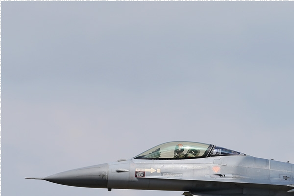 Photo#7860-1-General Dynamics F-16AM Fighting Falcon