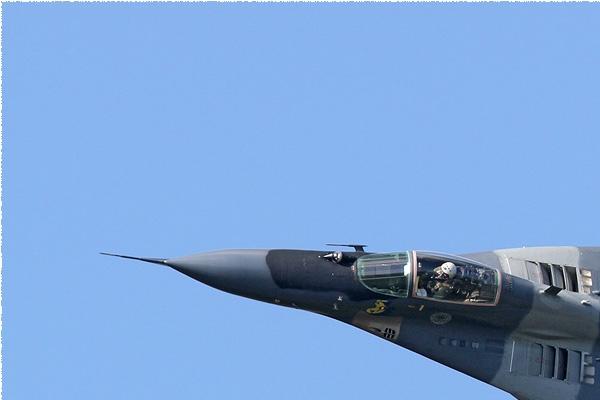 Photo#7965-1-Mikoyan-Gurevich MiG-29A