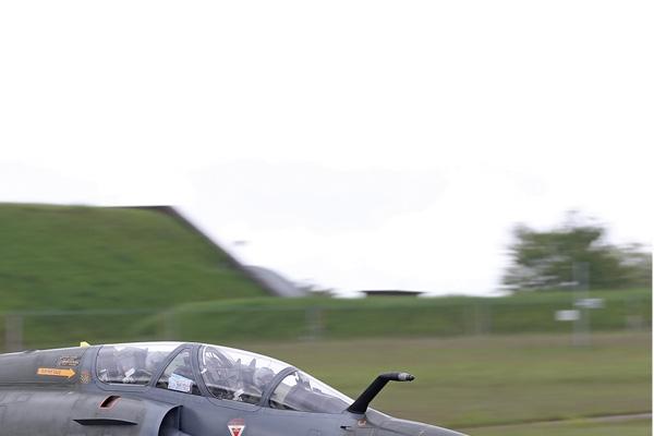Photo#7018-2-Dassault Mirage 2000D