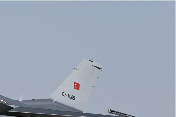 Photo#7088-2-Lockheed Martin F-16C Fighting Falcon