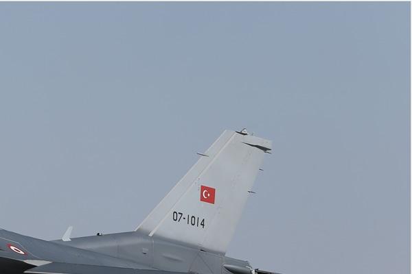 Photo#7093-2-Lockheed Martin F-16C Fighting Falcon