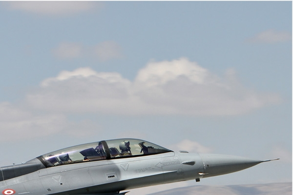 Photo#7095-2-Lockheed Martin F-16D Fighting Falcon