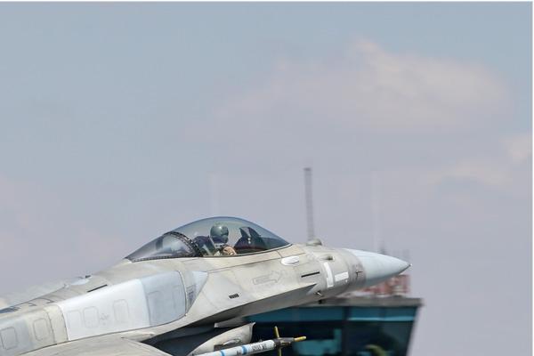 Photo#7105-2-Lockheed Martin F-16E Fighting Falcon