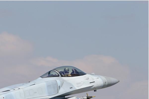 Photo#7111-2-Lockheed Martin F-16E Fighting Falcon