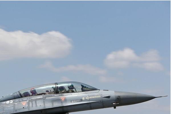 Photo#7119-2-Lockheed F-16D Fighting Falcon
