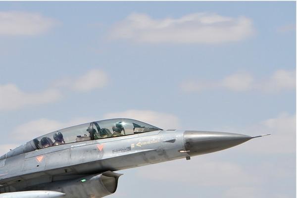 Photo#7129-2-Lockheed F-16D Fighting Falcon