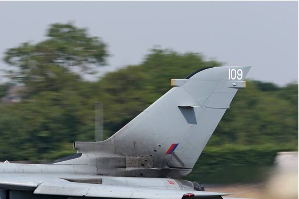 7270b-Panavia-Tornado-GR4-Royaume-Uni-air-force