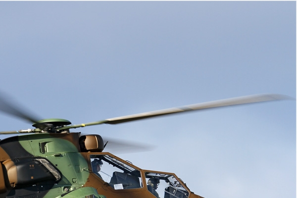 7369b-Eurocopter-EC665-Tigre-HAD-France-army