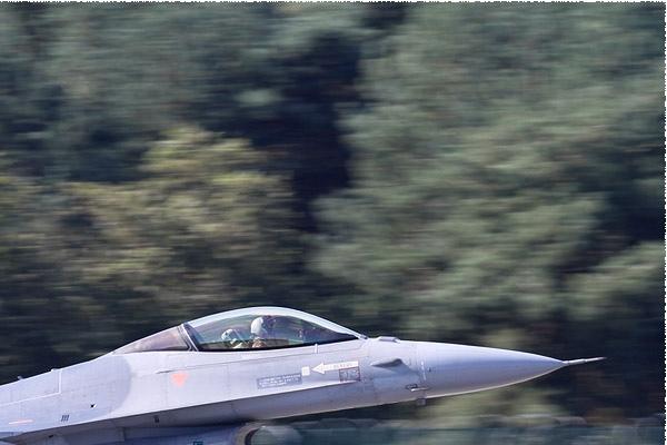 Photo#7955-2-General Dynamics F-16AM Fighting Falcon