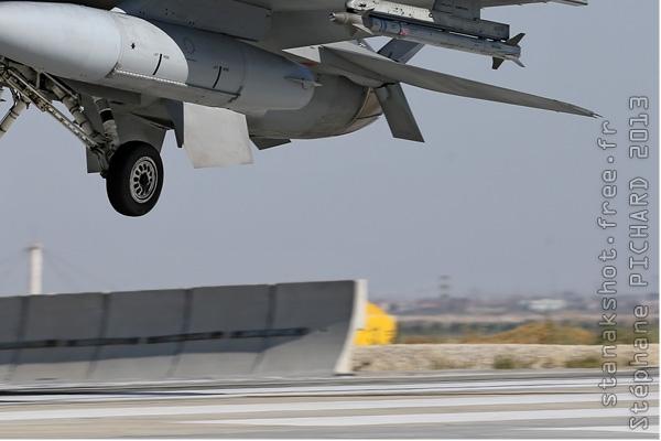 Photo#7080-4-Lockheed Martin F-16C Fighting Falcon