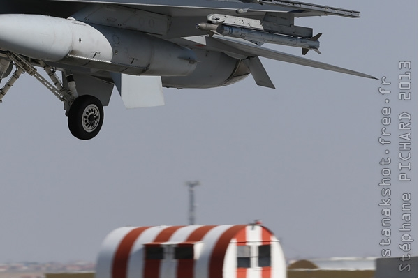 Photo#7093-4-Lockheed Martin F-16C Fighting Falcon
