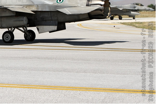 Photo#7102-4-Lockheed Martin F-16E Fighting Falcon
