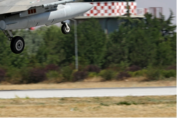 Photo#7105-4-Lockheed Martin F-16E Fighting Falcon
