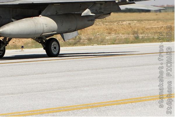Photo#7106-4-Lockheed Martin F-16E Fighting Falcon