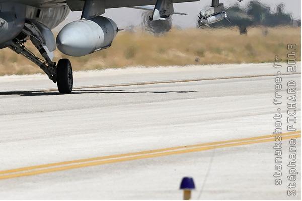 Photo#7117-4-Lockheed F-16D Fighting Falcon