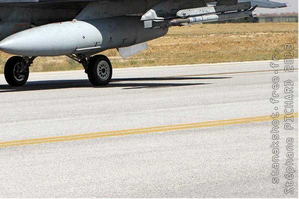 Photo#7128-4-Lockheed F-16D Fighting Falcon