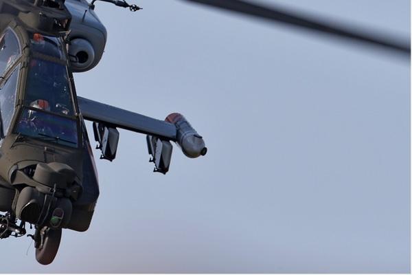 Photo#7151-4-Boeing AH-64DN Apache Longbow