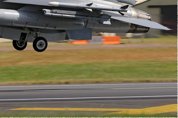 7857c-General-Dynamics-F-16BM-Fighting-Falcon-Danemark-air-force